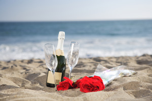 Champagner am Strand - Heiraten am Meer